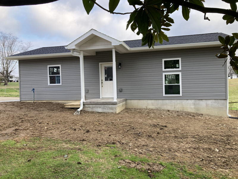 Contruction services for Decks, room additions, garages in Greeneville, TN and the surrounding cities of   Morristown, Jefferson City, Johnson City, and Kingsport